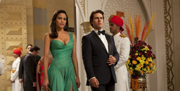 Paula Patton and Tom Cruise in Mission Impossible.