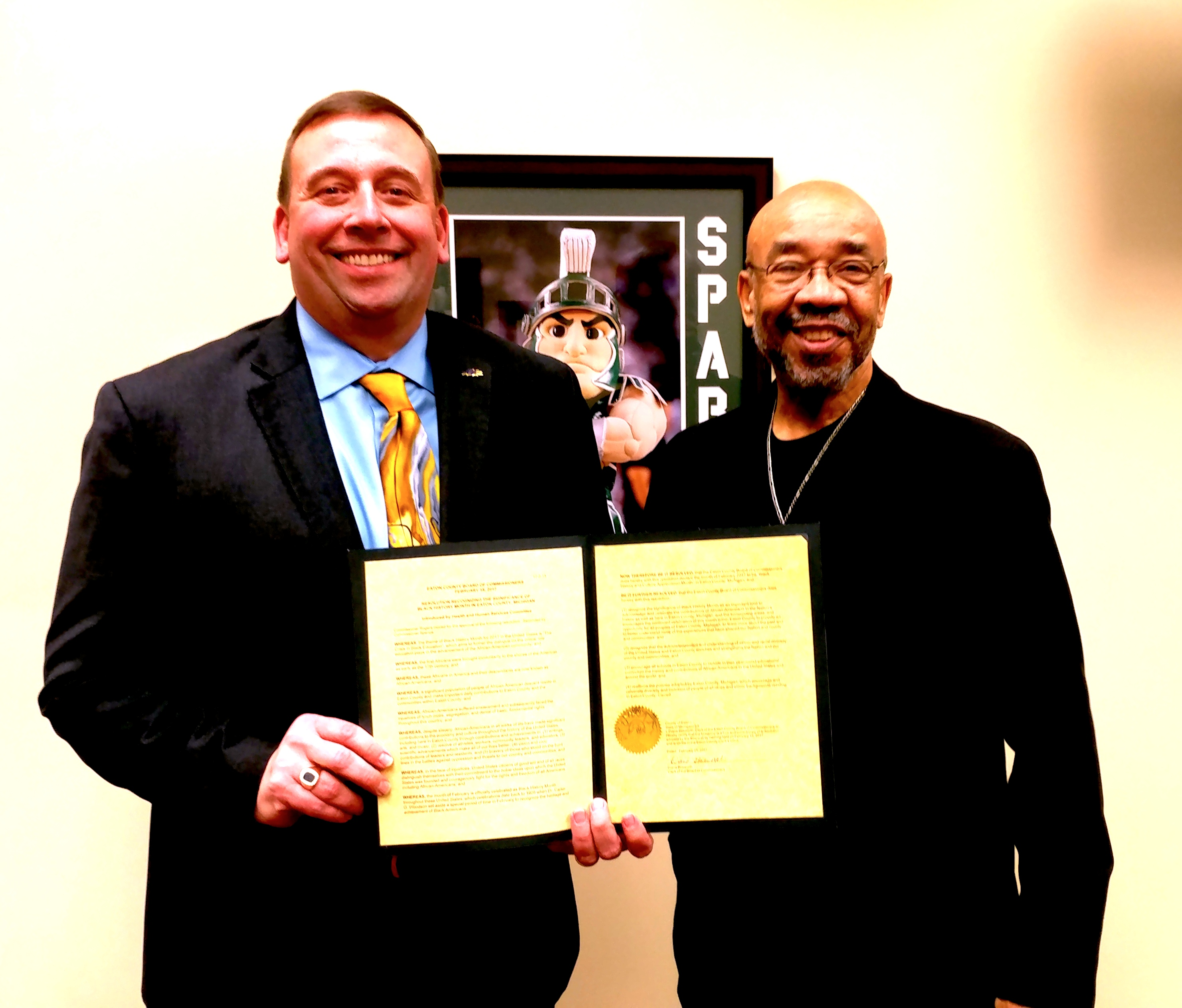 Michigan eaton county potterville - Dr Brian L Metcalf Ph D Superintendent Of The Grand Ledge School District Accepts A Copy Of The Resolution From The Eaton County Board Of