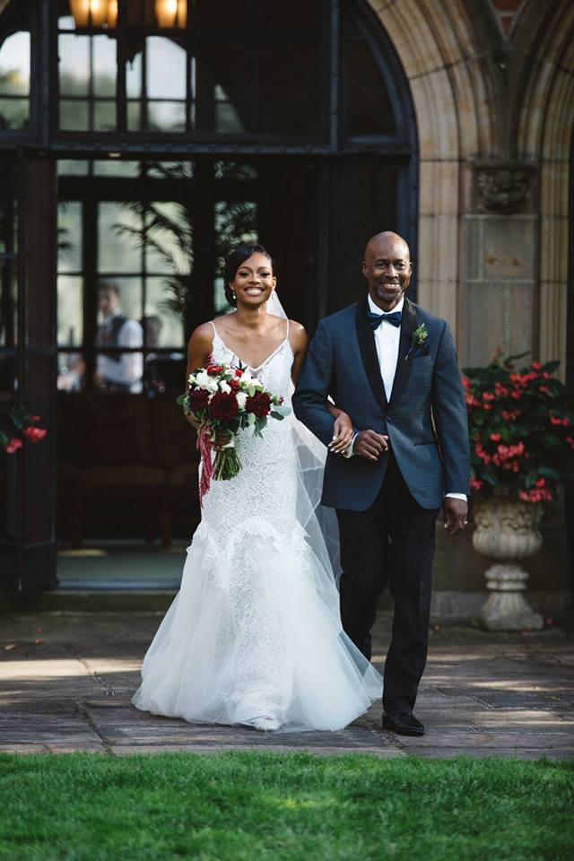 The new citizens press tncp lansing michigan news tncp rodney ross walks his daughter rukiya ross down the aisle during her wedding on september 3 2017 fandeluxe
